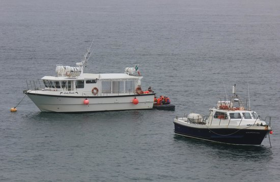 Dingle Bay Charters: The Lady Breda at the Blaskets