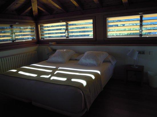 Hotel Rural Torre de Uriz: Habitacion de la Torre