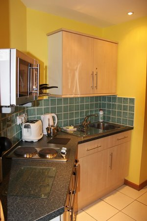 Lann Dearg Studios: kitchen in studio