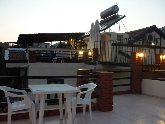 Lizo Hotel: The stunning roof-top terrace