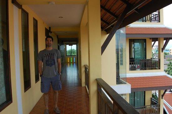 Chang Thai House: Fuera de la habitación