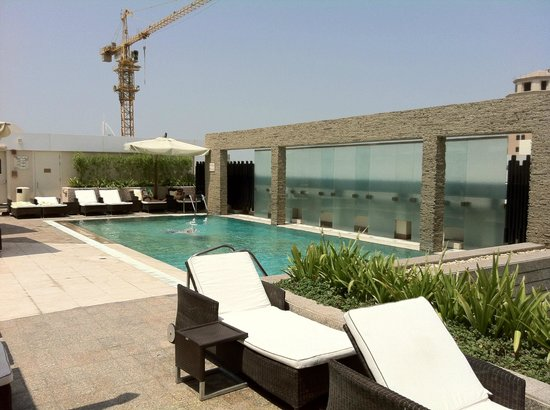 Novotel Suites Dubai Mall of the Emirates: Kleiner Dachpool