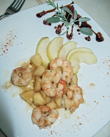 Yummy shrimp with calvados and apples picture of - Trattoria bagno a ripoli ...