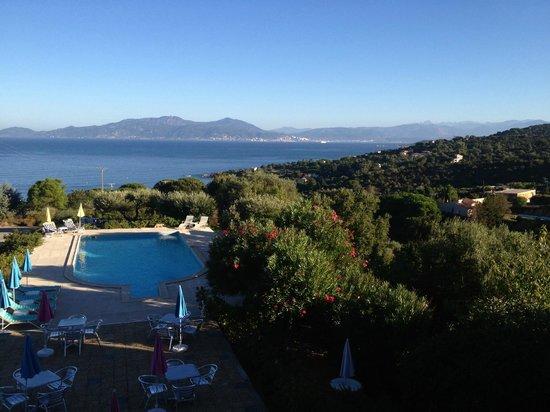 Hotel Celine : vue piscine