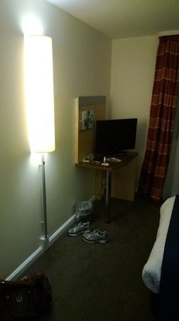 Holiday Inn Express London Croydon: Tv