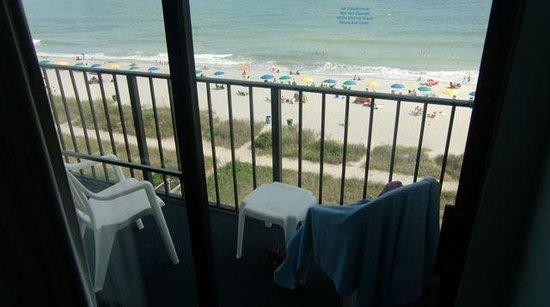 Carolinian Beach Resort: The balcony outside room 605