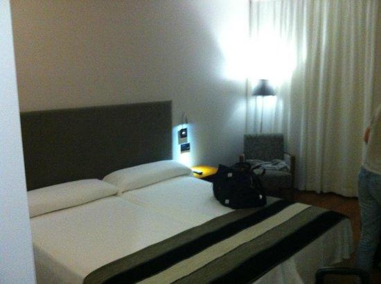 Hotel Monjas del Carmen: bedroom