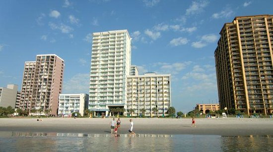 Carolinian Beach Resort: The Best Western in the middle.