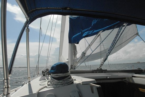 At the Helm Sailing Charters : Indian River