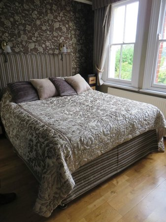 Lenwade Bed & Breakfast: Our bedroom