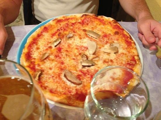 L'osteria di pizza in piazza : porcini