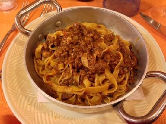 Osteria I Brincello: Pasta with meat sauce