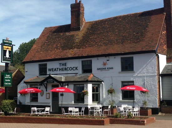 The Weathercock, Woburn Sands: Front Entrance & Patio