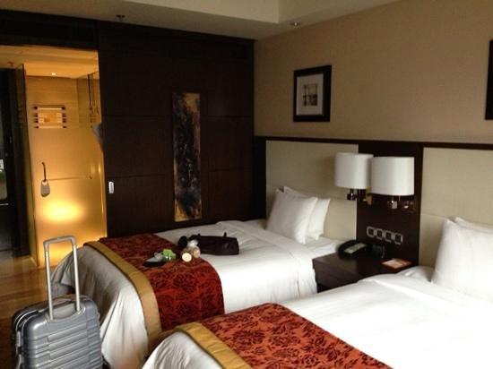 คอร์ทยาร์ด บายแมริออท เซี่ยงไฮ้ ชวู๋เจียฮุ่ย: Standardzimmer, Shanghai Marriott
