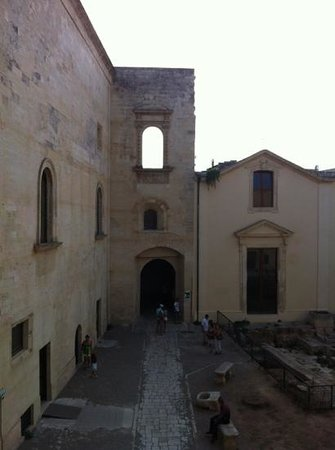 Castello Carlo V : castello
