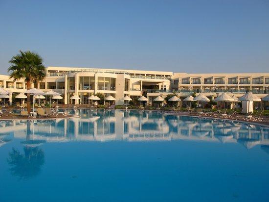 SENTIDO Apollo Blue: Hotel mit Pool