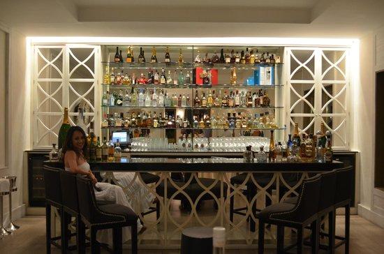 Carolina: The bar