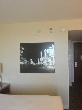 Renaissance Las Vegas Hotel: Vegas Decor