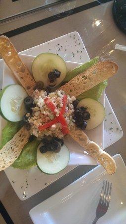 Michaelee's Chocolate Caffe : Shrimp Salad Appetiser