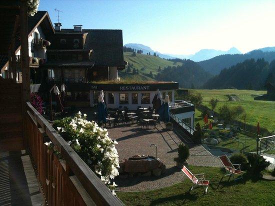 Hotel Saltria - true alpine living: vista dall'ala nuova