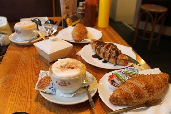 Colazione italiana foto di croissanterie jennifer for Colazione cinese