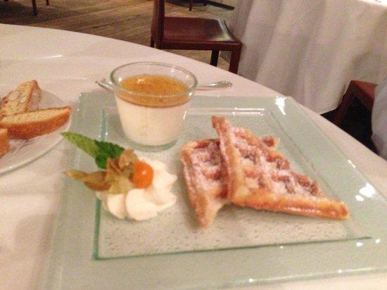 Romantik Hotel de l'Ours : Repas