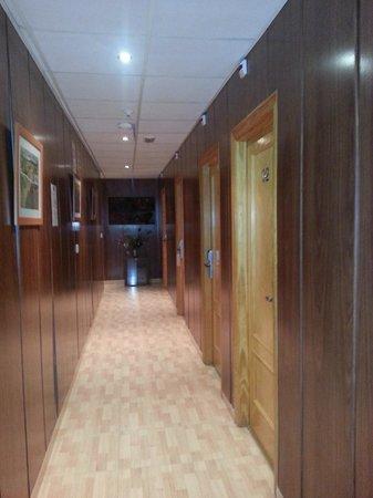 Hostal Mont Royal: couloir
