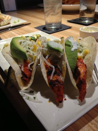 Devon Seafood and Steak: Fish tacos