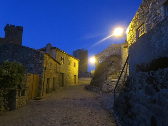 Inatel Linhares: Evening picture of the town