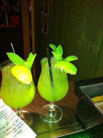 K-BOB'S Steakhouse Rockport: pealer pear mojito