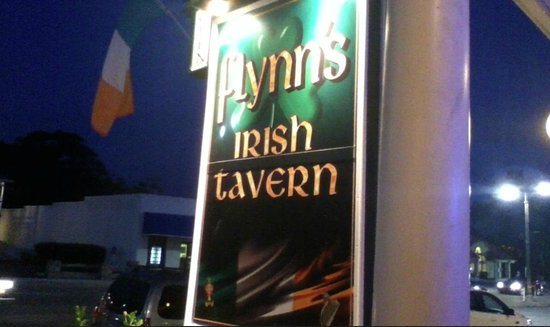 Flynn's Irish Tavern: On Main Street