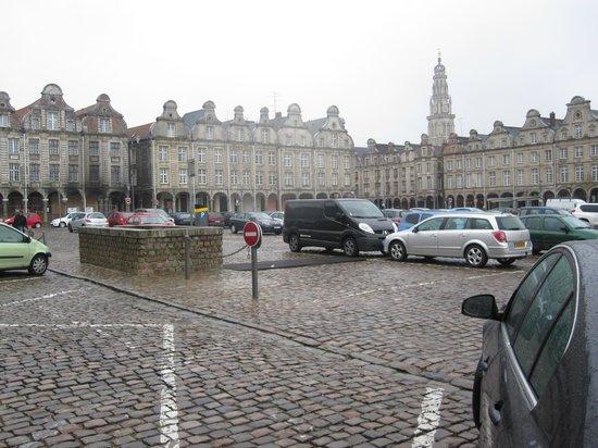 Cafe Leffe: Arras Town Square April 2012