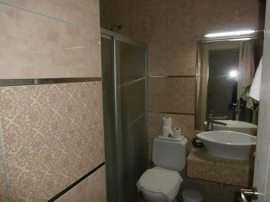 Ata Lagoon Beach Hotel : room 403