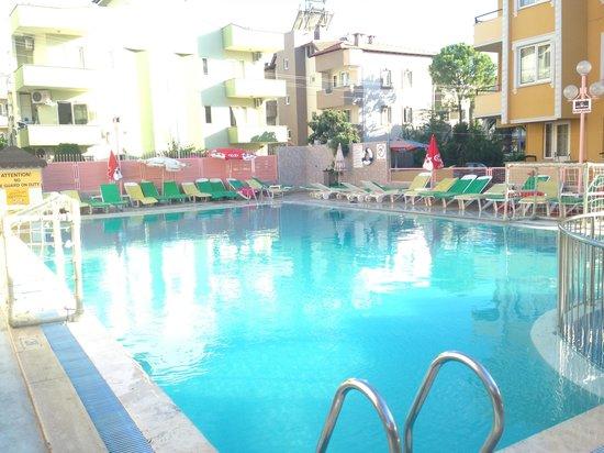 Rosy Apart Hotel : Pool