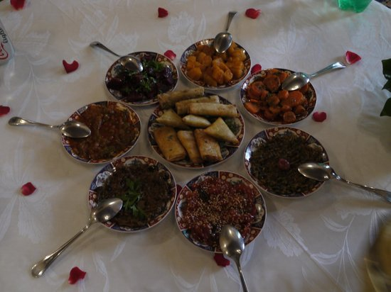 Riad Kniza Restaurant: The Appetizer..