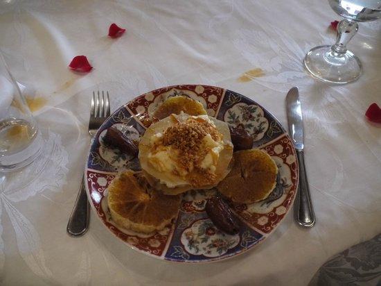 Riad Kniza Restaurant: The Dessert..