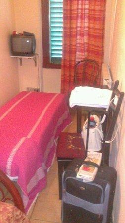 """Hotel Masaccio : habitacion """"doble"""""""