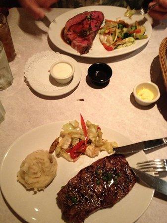Kalaheo Steak & Ribs: Prime Rib and Rib Eye Steak
