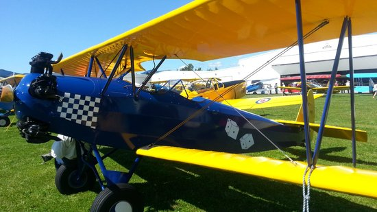 Western Antique Aeroplane & Automobile Museum: Sep 2013 Fly-in