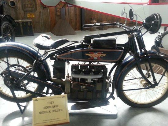 Western Antique Aeroplane & Automobile Museum: 1923 Henderson Model K Deluxe
