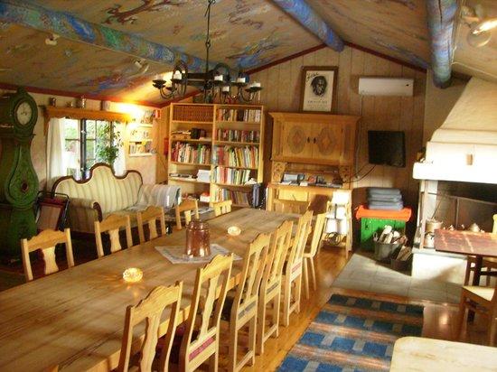 Askekarr Bed And Breakfast: breakfast room