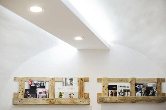 Pantesia: Selfmade Shelves