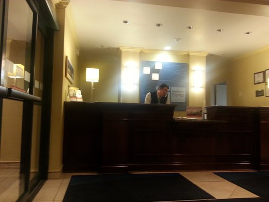 Holiday Inn Express Buffalo Airport : The annoyed night manager. sorry we bothered you!