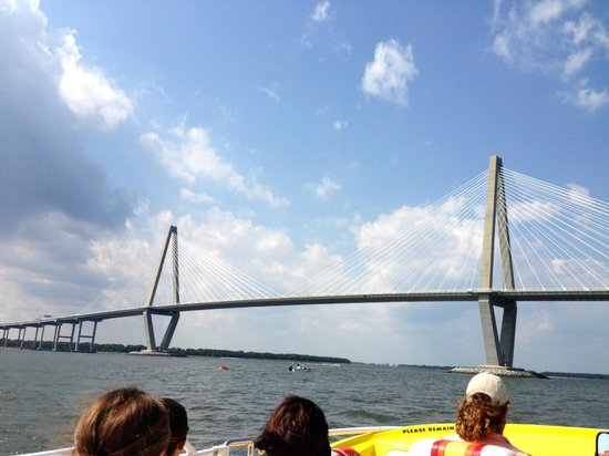 Thriller Charleston - High Speed Tour Boat : Takes you out by the bridge...
