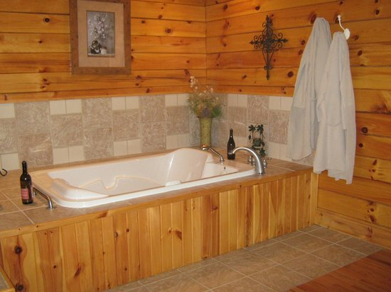 Cripple Creek Bed and Breakfast Cabins: Top Notch Amenities