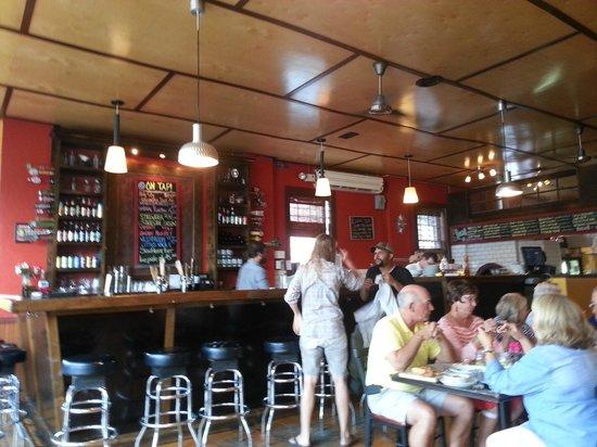 Evo Pizza : Dining area