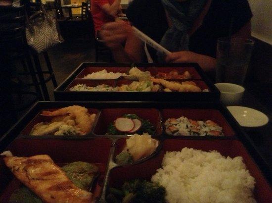Hashi sushi: Bento