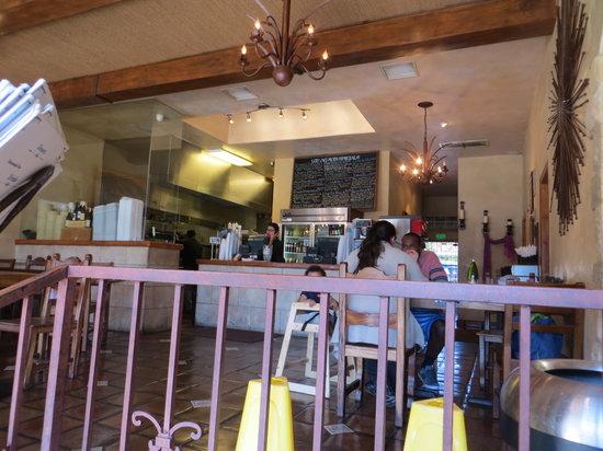 Los Agaves: Inside, order