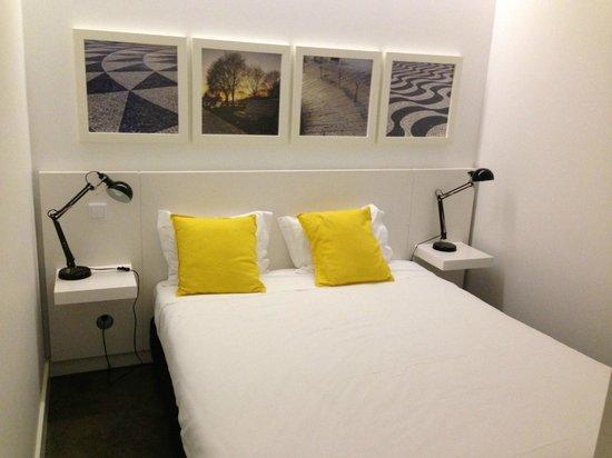 Hello Lisbon Santa Apolonia Apartments : chambre