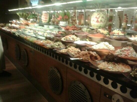 Bera Hotel Alanya : food